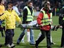 Marouane Fellaini muss am Knöchel operiert werden. (Symbolbild)