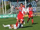 Yverdons Mounir El Haimour gegen Aaraus Johan Berisha.