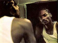Ein durch und durch durchtriebener Bursche: Der Porno-Produzent, Waffen- und Drogenbesitzer Snoop Dogg...ah und Rapper.