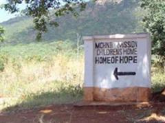 Der Pastor des Home Of Hope-Waisenhauses gehe schon bald in Rente.