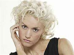 Die zuckersüsse Richtung, die Gwen dieses Mal eingeschlagen hat, wird bereits in der ersten Singleauskopplung von «The Sweet Escape» offensichtlich.