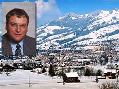 Der Schwyzer Finanzdirektor Georg Hess (CVP) tritt auch im zweiten Wahlgang an.
