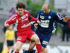 Iulian Filipescu (r) gegen Thuns Andres Gerber.
