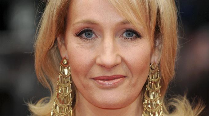 J.K. Rowlings erster Erwachsenenroman wird von den deutschen Übersetzern in London ins Deutsche übertragen.