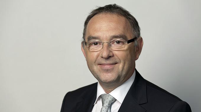 Nordrhein-Westfalen Finanzminister Dr. Norbert Walter-Borjans: Ein Krimineller?