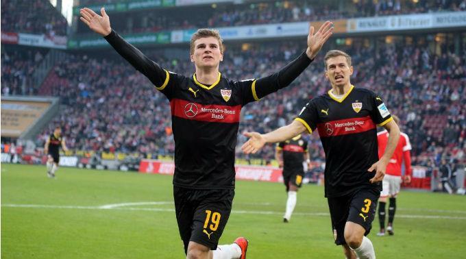 Die Spieler vom VfB Stuttgart haben allen Grund zum jubeln.