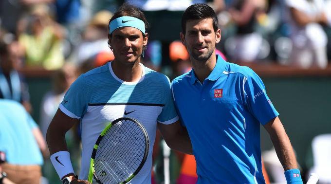 Rafael Nadal (l.) muss sich Novak Djokovic ein weiteres Mal beugen.
